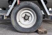 Trailer wheel — Zdjęcie stockowe