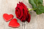 Heart and rose for Valentine's day — Stock Photo