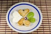 Just a little break of romance - breakfast with love — Stock Photo