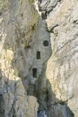 Culver Hole, medieval dovecote in a cave, Gower Peninsula. — Стоковое фото