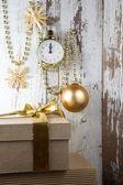 圣诞装饰品时钟与摆设 — 图库照片