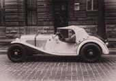 Autos antiguos en la calle — Foto de Stock