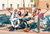 Group of happy best friends taking a selfie - Tourists having fun in the summer around the old town - University students during a break in a sunny day — Foto Stock