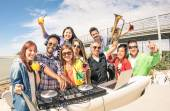 Funky hipster people taking selfie and having fun together at beach rave afterhour party - Summer festival moments with young disc jockey happy friends - Dj playing trendy sound at open air disco club — Stock Photo