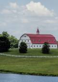 Classic Style Red and White Barn Landscape 2 — Stock Photo