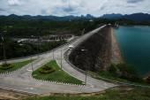 タイの美しい県ダムします。 — ストック写真