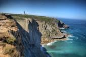 Cape deniz feneri ve uçurum — Stok fotoğraf