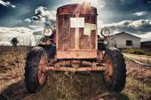 Rusty Vintage Tractor — Stock Photo