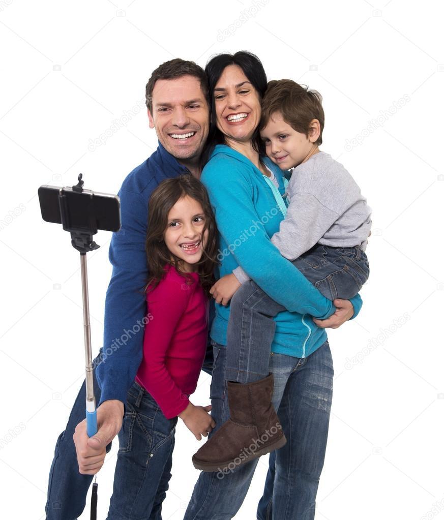 Сын и дочь имеют свою маму 4 фотография