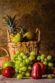 果物のある静物. — ストック写真