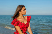 Portrait Beautiful Woman on the Beach — Stock Photo