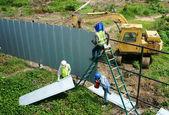 Vietnamese construction worker working — Stock Photo