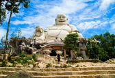 Incroyable grande statue de Bouddha sur cam montagne vietnam — Photo