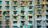 Group old window,Ho Chi Minh apartment building — Photo