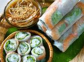 Vietnamese food, goi cuon, salad roll — Stock Photo