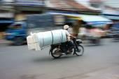 Unsafe, danger transport — Stock Photo