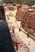 Dalat, Vietnam tourism, sculpture tunnel  — Stock Photo