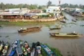 Crowded, Nga Nam floating market, Mekong Delta travel — Foto de Stock