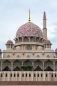 Close up view of Putrajaya Mosque — Stock Photo
