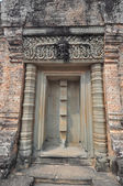 Beautiful detail of East Mebon Temple of Angkor, Cambodia — Stock Photo