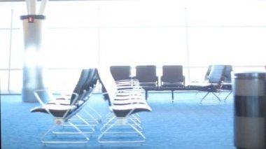På flygplatsen — Stockvideo