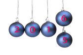 Vijf blauwe kerstballen met nieuwe jaar — Stockfoto