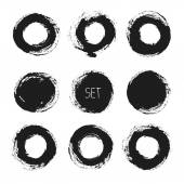 Set of vector round grunge frames. Hand drawn design elements. Abstract ink shapes — Stock Vector