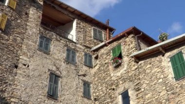 Old stone house in liguria, italy — Stock Video