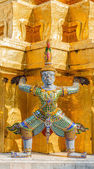 The giant statue in emerald temple — Stock Photo