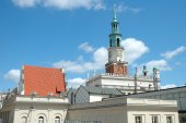 Town Hall tower on marketplace in Poznan — Stock Photo