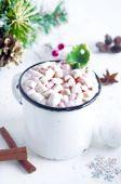 熱いココアの白いカップ — ストック写真