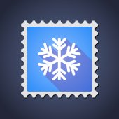 Mail stamp icon with a snow flake — Stock Vector