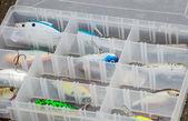 Caixa de ferramentas repleta de atrações coloridas — Fotografia Stock