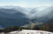 Mountain valley in the Spanish Pyrenees — Stock Photo