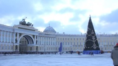 Christmas tree on Palace Square.St. Petersburg. Russia — Stock Video