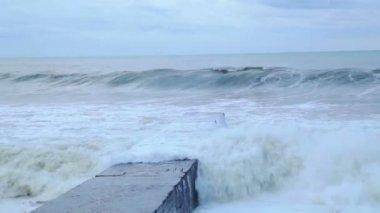 Bouře na pobřeží Černého moře — Stock video
