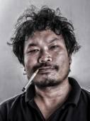 Man smoking — Stock Photo