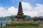 Pura Ulun Danu on a lake Beratan. Bali, Indonesia — Stock Photo