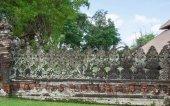 Alten geschnitzten stein mauer des tempels — Stockfoto