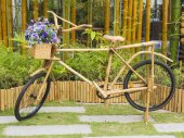 Bicycle ready to ride, made of bamboo — Stock Photo