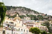 Seaside town in the Mediterranean — Stock Photo