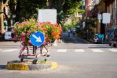 Flower pot with a traffic sign — Stock Photo