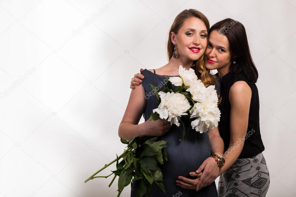 Женщина со своей подругой фото 587-834