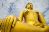 A big Buddha statue — Stock Photo