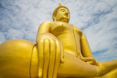 A big Buddha statue — Stock Photo