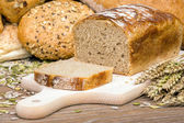 Freshly baked loaf of bread — Stock Photo