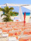 Wedding preparation on Mexican beach — Stockfoto