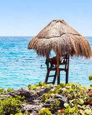 Lifeguard hut on Mexican coast — Stock Photo