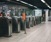 Turnstiles in Brussels subway — Stockfoto
