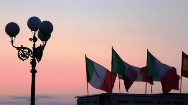 Italian flags over a store — Stock Video